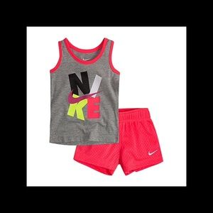 Girl's Nike shorts outfit NWT 12 months